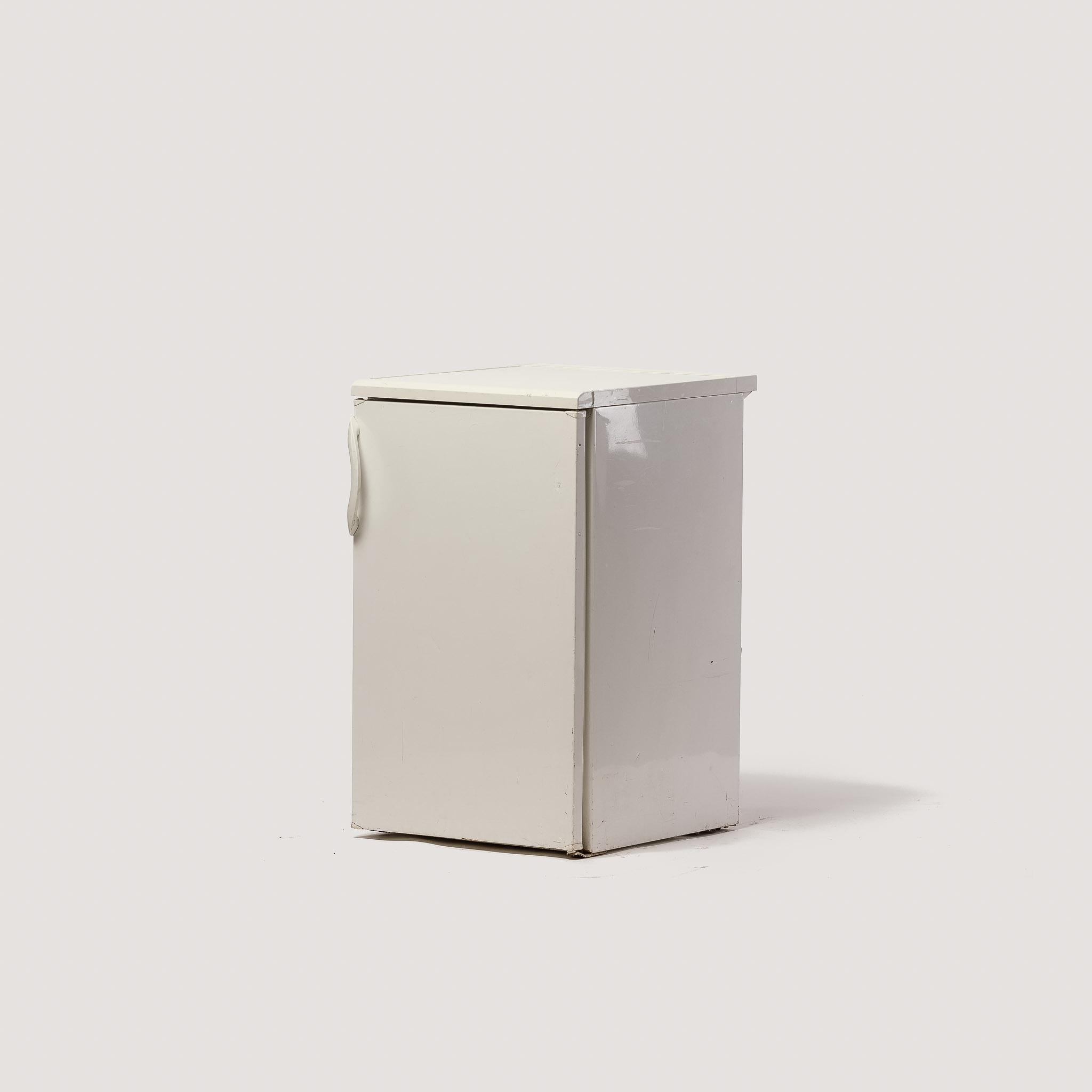 najem hladilnikov
