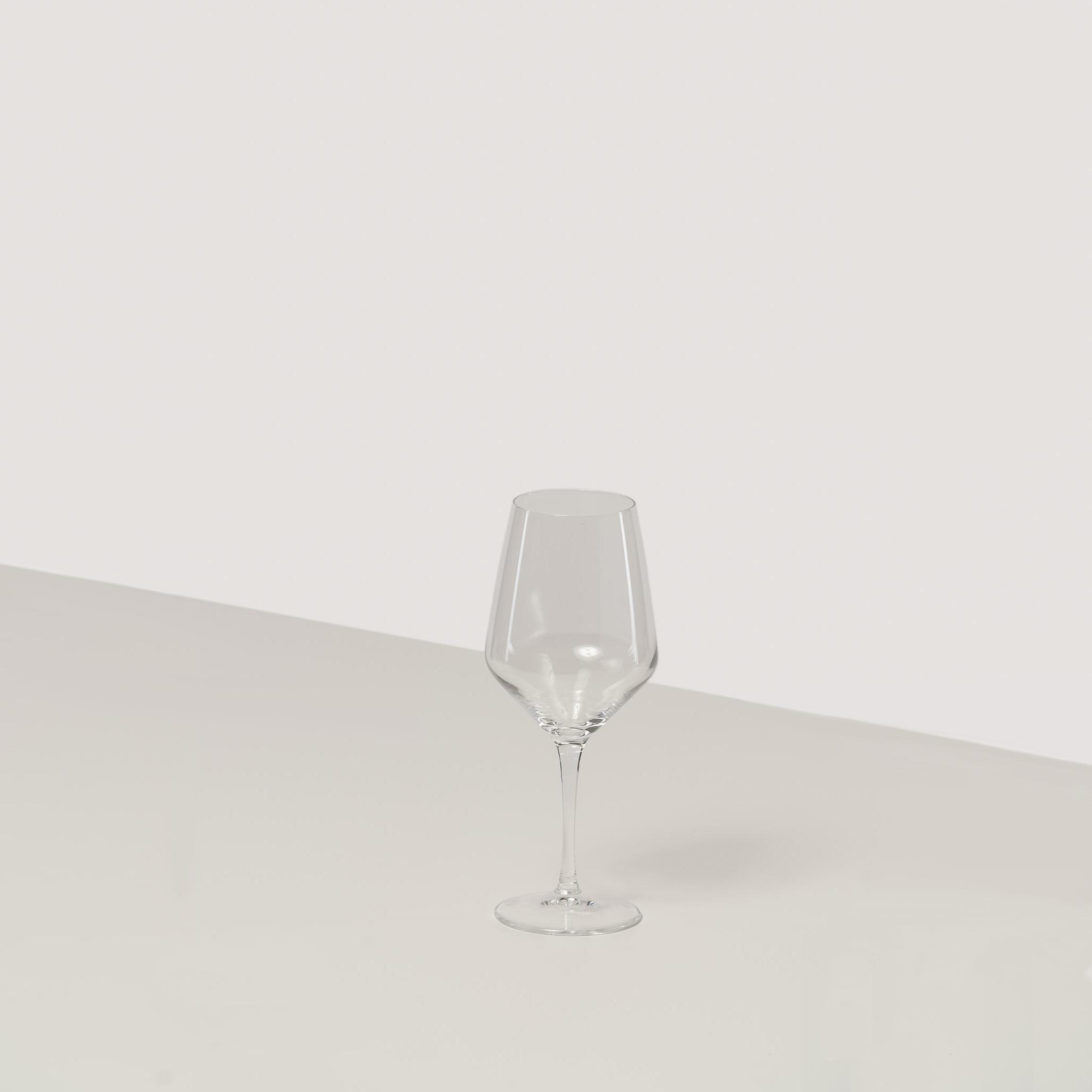 najem kozarcev za vino